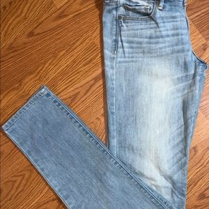 Abercrombie & Fitch light wash skinny jeans 4 Long